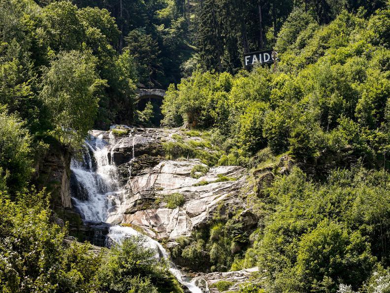 Image 2 - Yoga trail - Piumogna waterfall