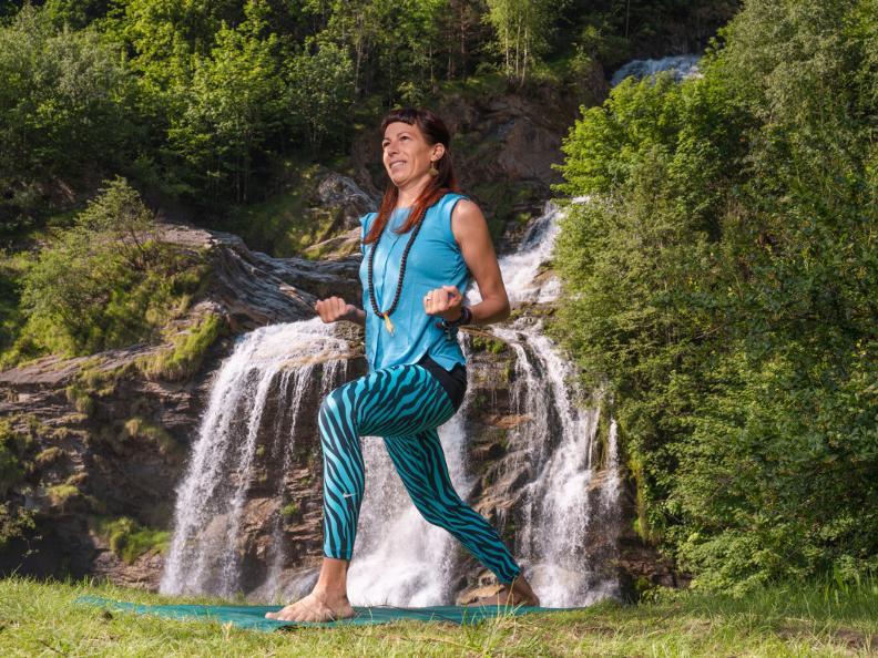 Image 3 - Yoga-Pfad - Waserfall-Piumogna