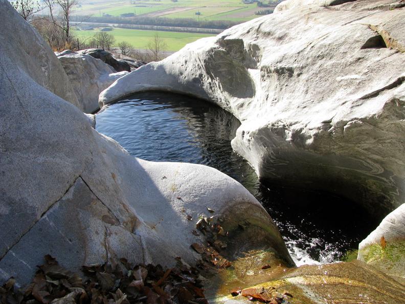 Image 4 - Via della pietra - The nature of stone