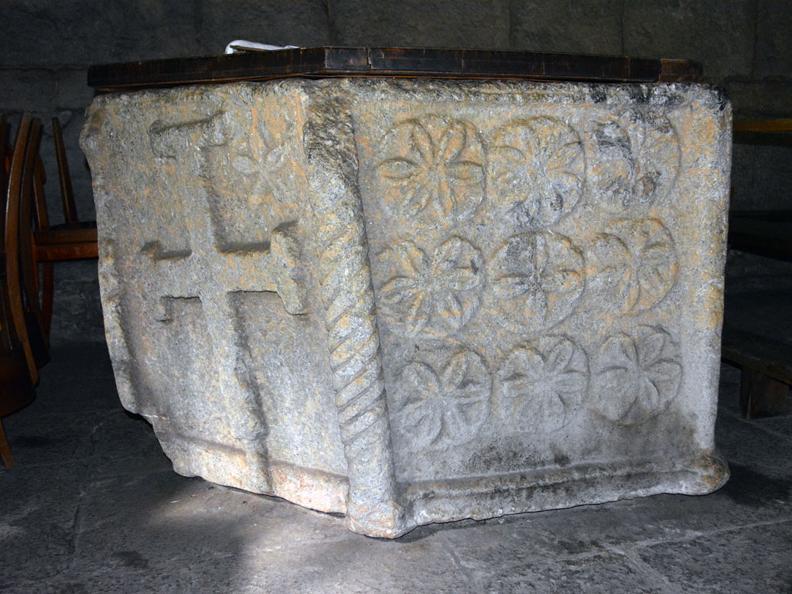 Image 0 - Via della pietra - Working the stone