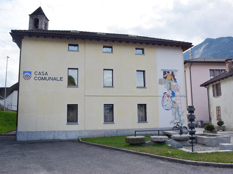 Image 0 - Via della pietra - Living with the stone