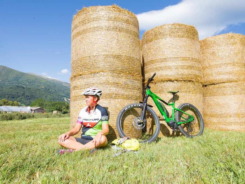 Image 1 - Lugano e-mtb tour: stage 5 Alpe Bolla - Morcote