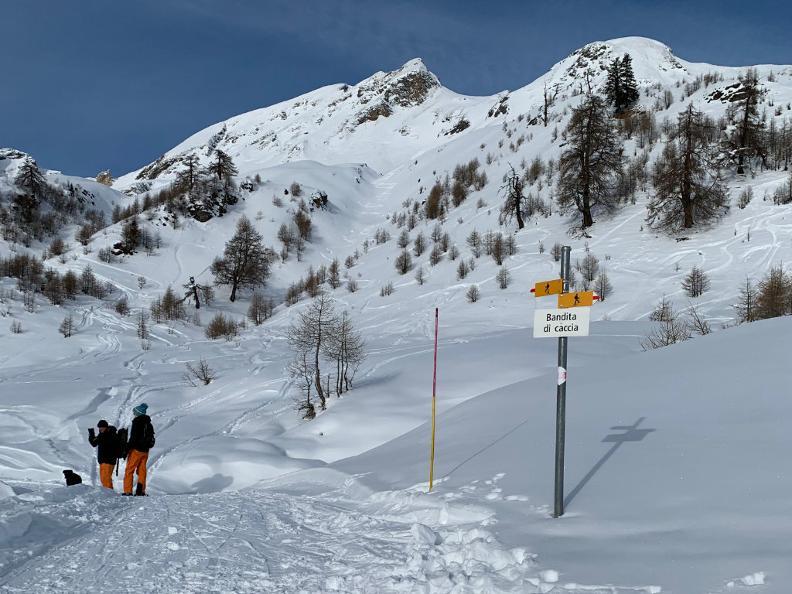 Image 4 - Snowshoe trail Nara-Cancorì
