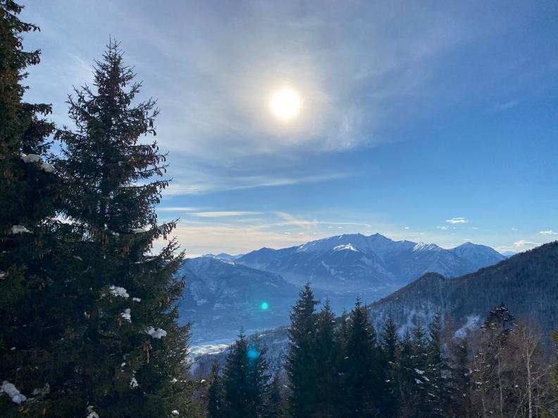 Image 4 - Snowshoe trail Mornera