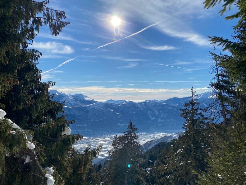 Image 3 - Snowshoe trail Mornera