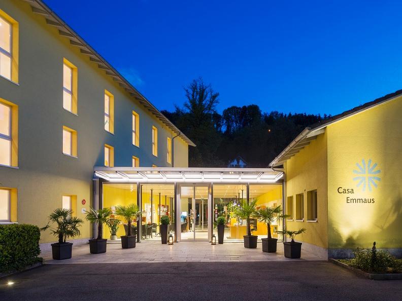 Image 0 - Parkhotel Emmaus