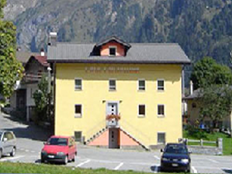 Image 0 - Casa Cristallina