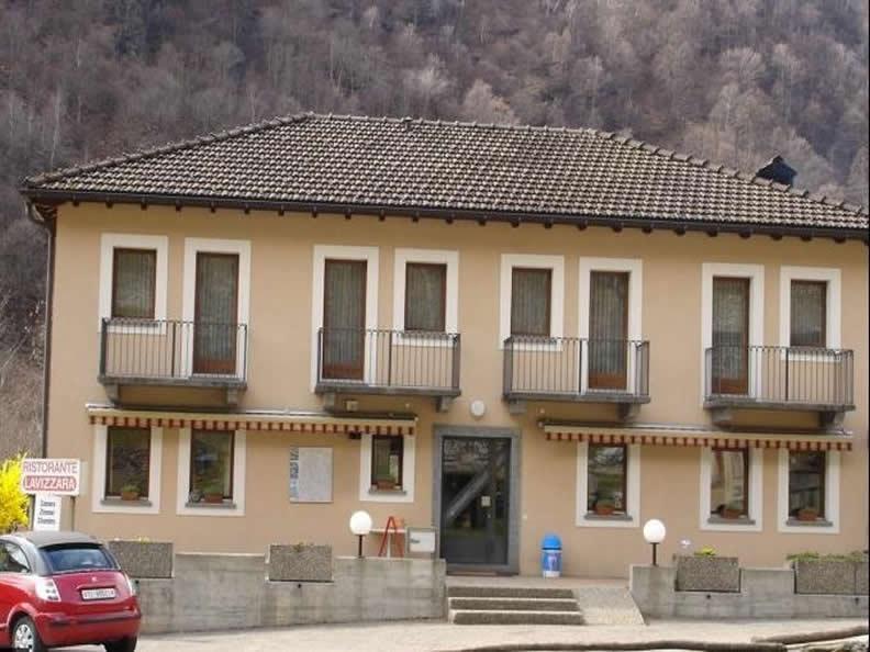 Image 0 - Lavizzara Garni Ristorante