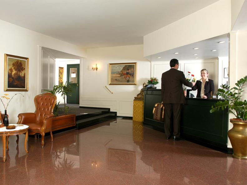 Image 2 - All'Arco - Hotel Campione