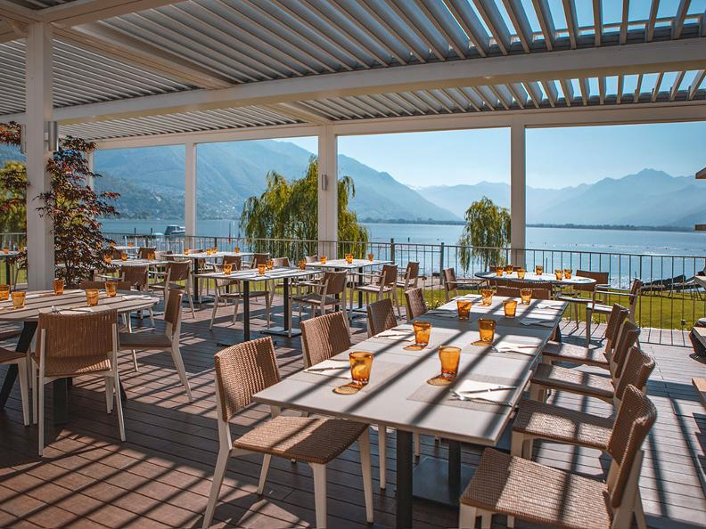 Image 0 - BLU Restaurant & Lounge