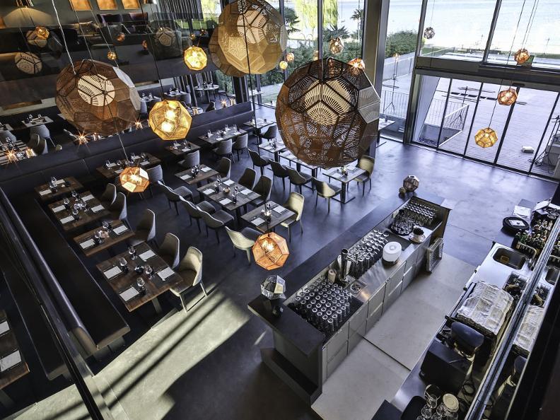 Image 5 - BLU Restaurant & Lounge