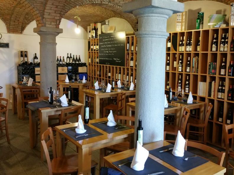 Image 2 - Ristorante Atenaeo del Vino