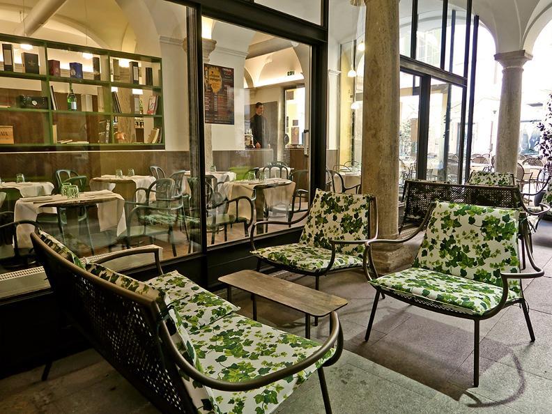 Image 7 - Restaurant La Corte in fiore