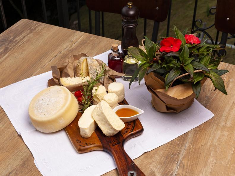 Image 1 - Osteria Manciana con Alloggio