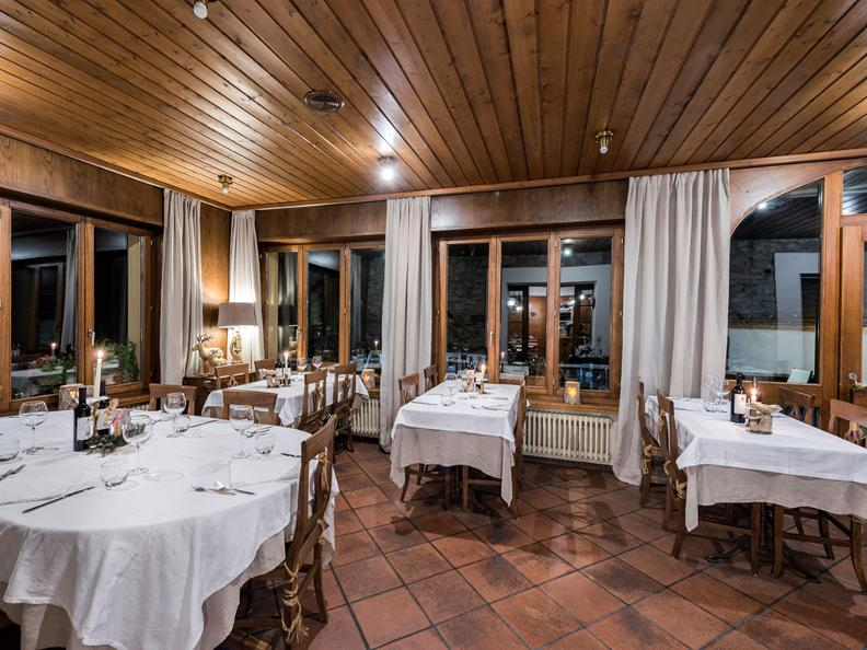Image 14 - Restaurant Châlet Stella Alpina