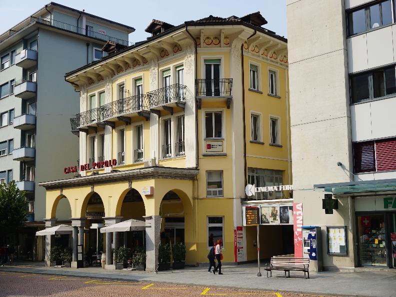 Image 0 - Restaurant Casa del Popolo