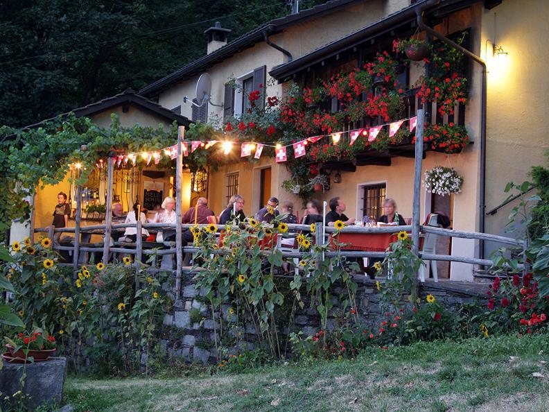 Image 7 - Grotto Borei