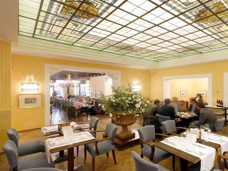 Image 2 - Ristorante Grand Café Al Porto