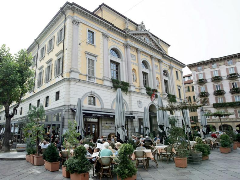 Image 1 - Ristorante Caffè Olimpia