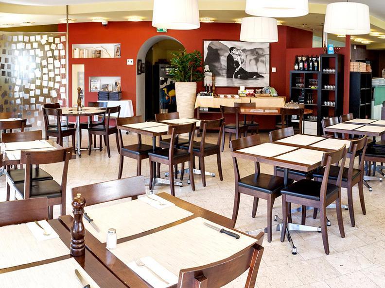 Image 0 - Ristorante Pizzeria Oldrati
