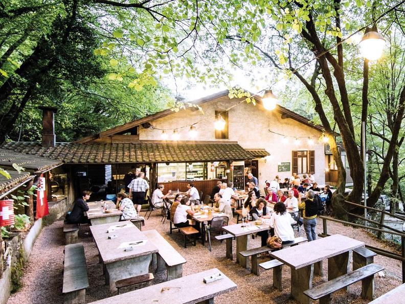Image 0 - Antico Grotto Fossati