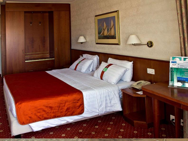 Image 2 - Hotel Admiral Lugano