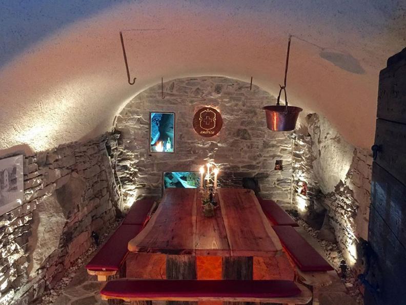 Image 1 - Grotto America