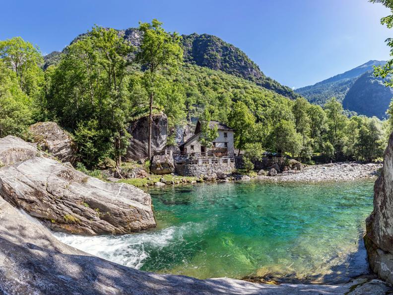 Image 0 - Grotto Pozzasc