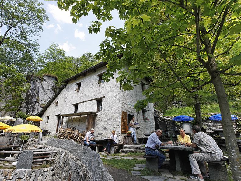 Image 3 - Grotto Pozzasc