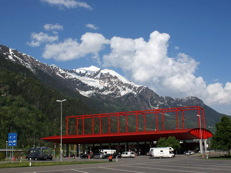 Image 0 - Area di servizio Ambri Piotta