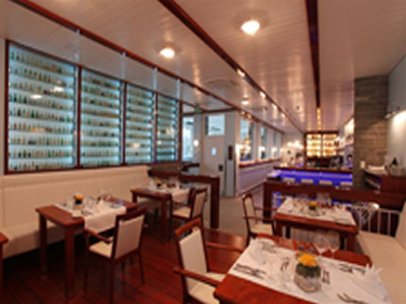 Image 0 - Bar & Gourmet-Bistro at the Yachtsport Resort