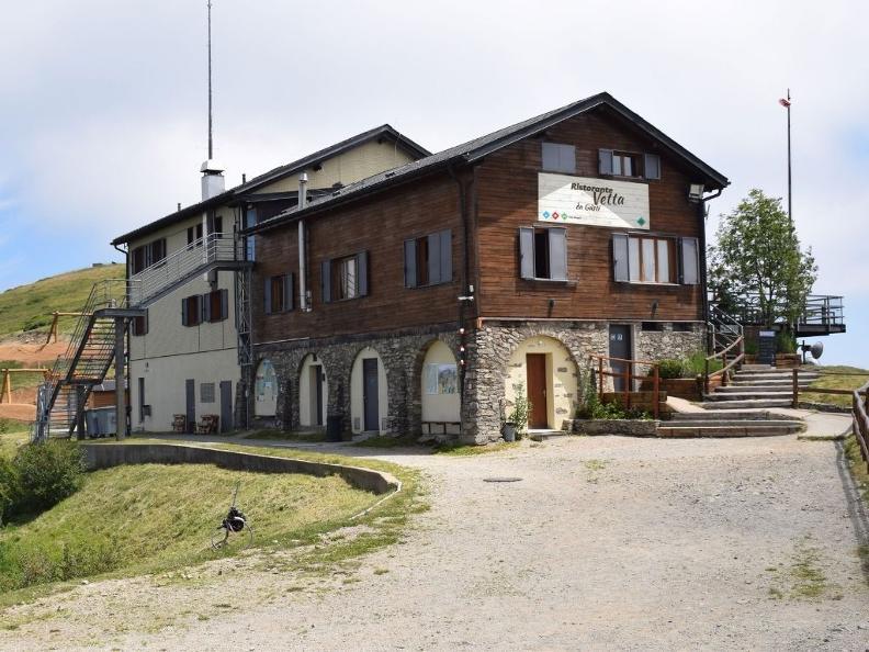 Image 5 - Ristorante Vetta Monte Lema da Güsti