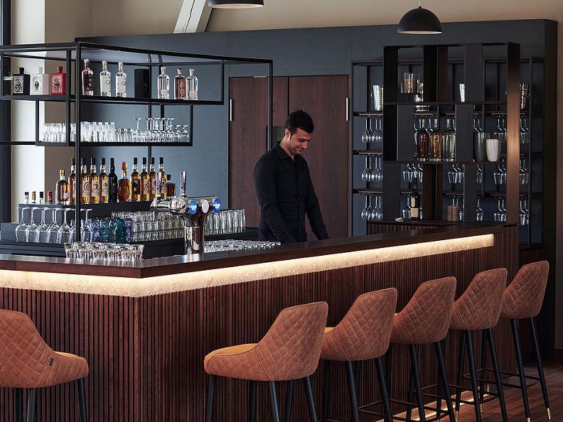 Image 0 - Mira Restaurant & Terrace