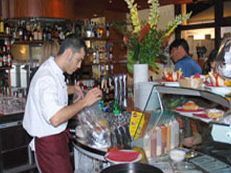 Image 2 - Gourmetz